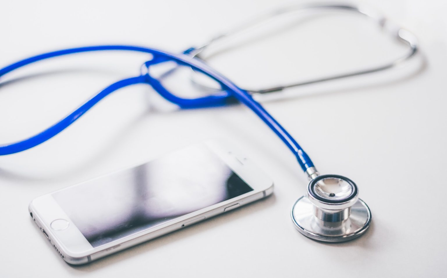 Co-Pay vs. Deductible: What's the Difference in Health ...